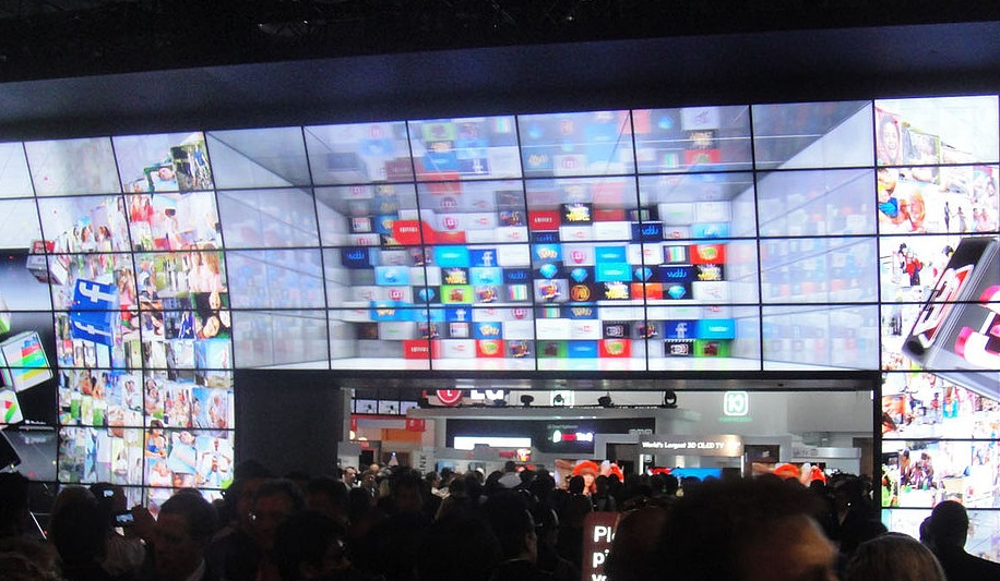Thin-Bezel Video Walls