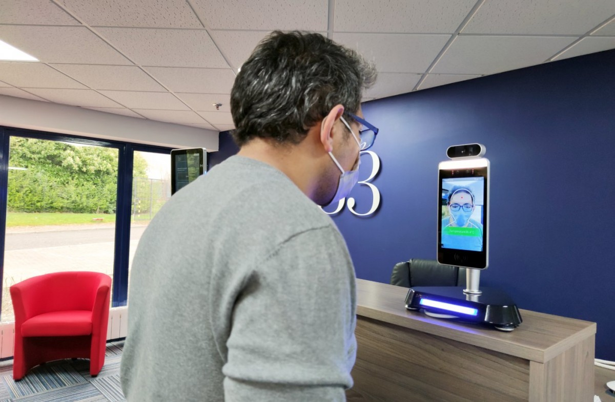 5 Effective Ways to Use Personnel Management Kiosks